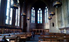 大学内のSuzzallo図書館 通称ハリーポッタールーム 世界で最も美しい大学図書館にもランクインされています